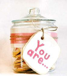 Teacher Appreciation Gift Idea: Cookie Jar