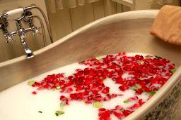 A spa treatment as teacher thank you gift. Photo: flickr.com/photos/denniswong/
